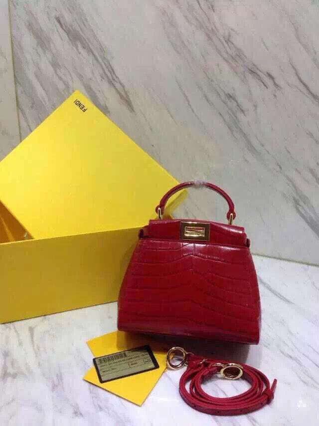 供应各类顶级品牌包包,1:1专柜品质