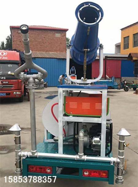 多功能三轮洒水车新能源电动喷洒车的灵活操作