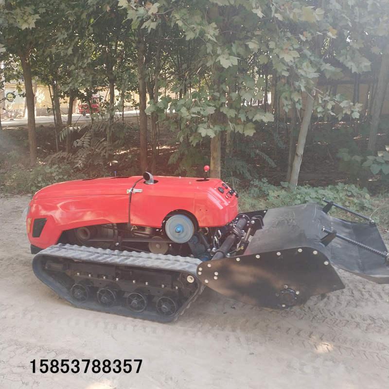 履带式小型微耕机自走式柴油旋耕机的工作视频