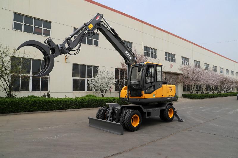 新款轮式变量柱塞泵挖掘机价格多功能95多功能挖掘机